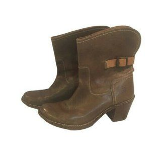 Frye  Carmen  Leather Pull On Boots